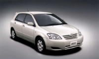 【トヨタアレックスは万能なハッチバック】実燃費や試乗の評価から歴史も