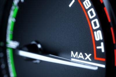 ブースト計の必要性とおすすめ人気10選|選び方と意外な使い方