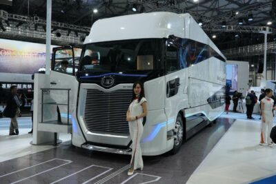 【UDトラックス】東京モータショー2019出展車両一覧