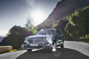 BMW X1が新型に!デザイン変更でキドニーグリル大型化