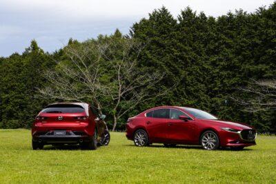 新型Mazda3(マツダ3)国内発売開始!ファストバックは218万円、セダンは247万円から