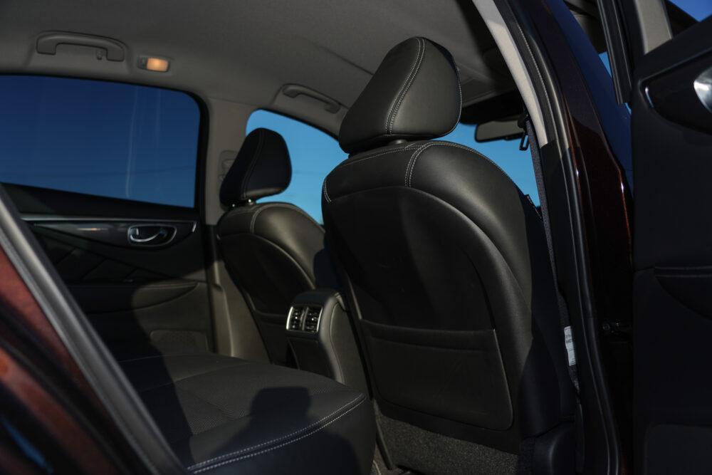 スカイライン GT Type SP ハイブリッド 2WD|内装・後席から前方方向