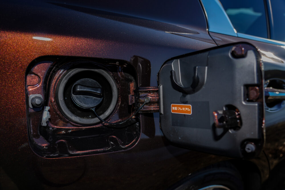 スカイライン GT Type SP ハイブリッド 2WD|給油口