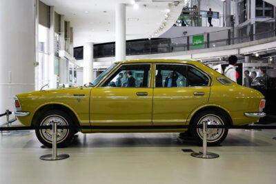 【トヨタ カローラ(TE20型)】ハイウェイ時代到来に2代目の余裕