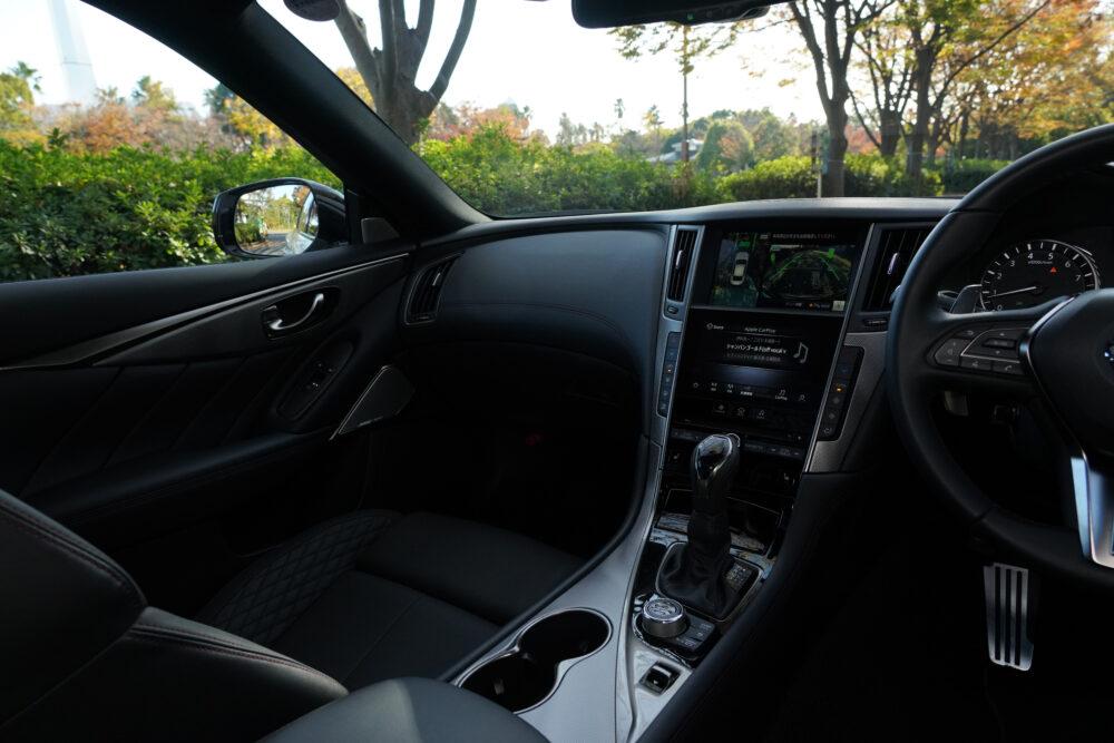 新型 日産 スカイライン 400R|助手席側インパネ