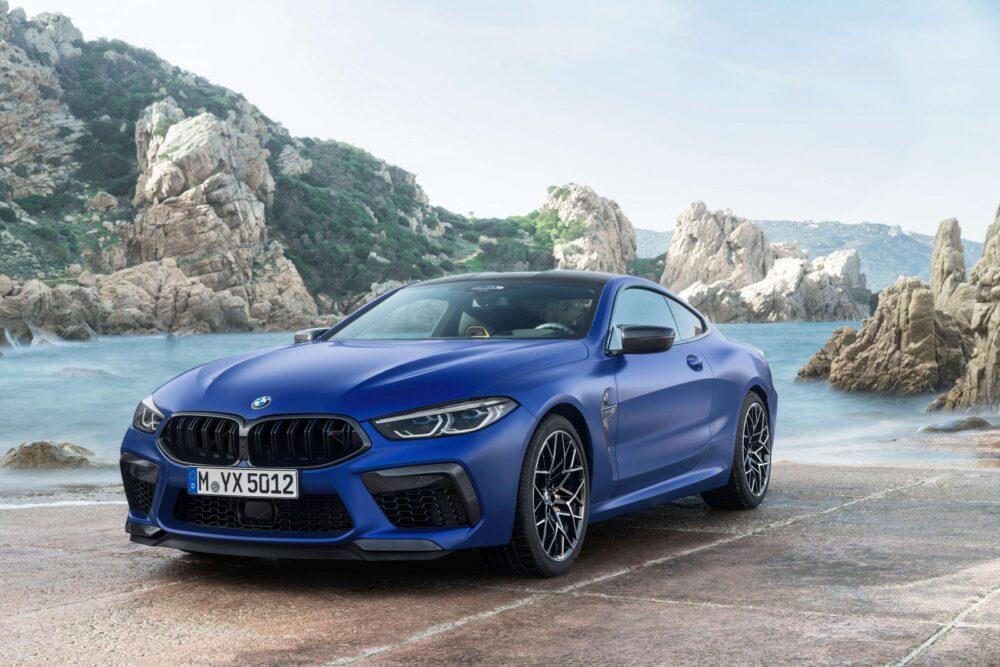 BMW M8クーペ
