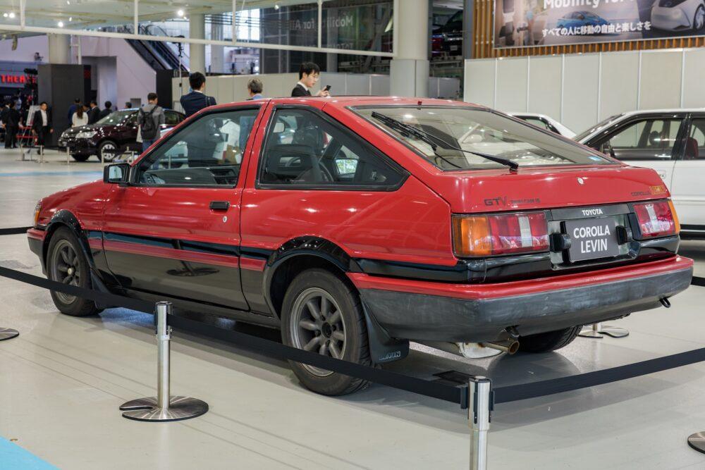 トヨタ カローラレビン ae86