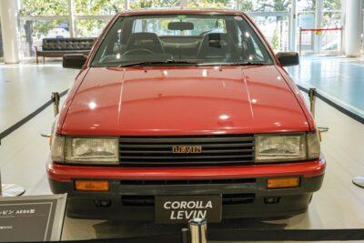 【トヨタ カローラ レビン(AE86)】型式で愛されるFRの軽量スポーツ