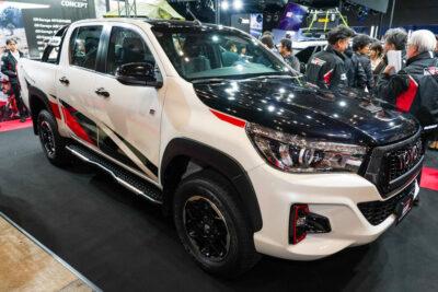 【トヨタ ハイラックスGRGコンセプト】東京オートサロン2020に登場!GRガレージで限定発売へ