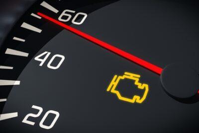 車のエンジン警告灯(エンジンチェックランプ)が点灯・点滅する意味と原因を総まとめ!