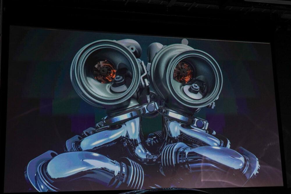 新型BMW M8 グラン クーペのツインターボCG画像