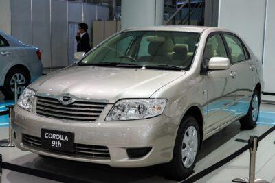 【トヨタ カローラ 120系】ミレニアムに向けて!ゼロからの出発を果たした9代目