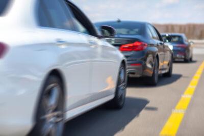 【あおり運転 徹底まとめ】回避や対策方法・罰則・通報時の注意点など