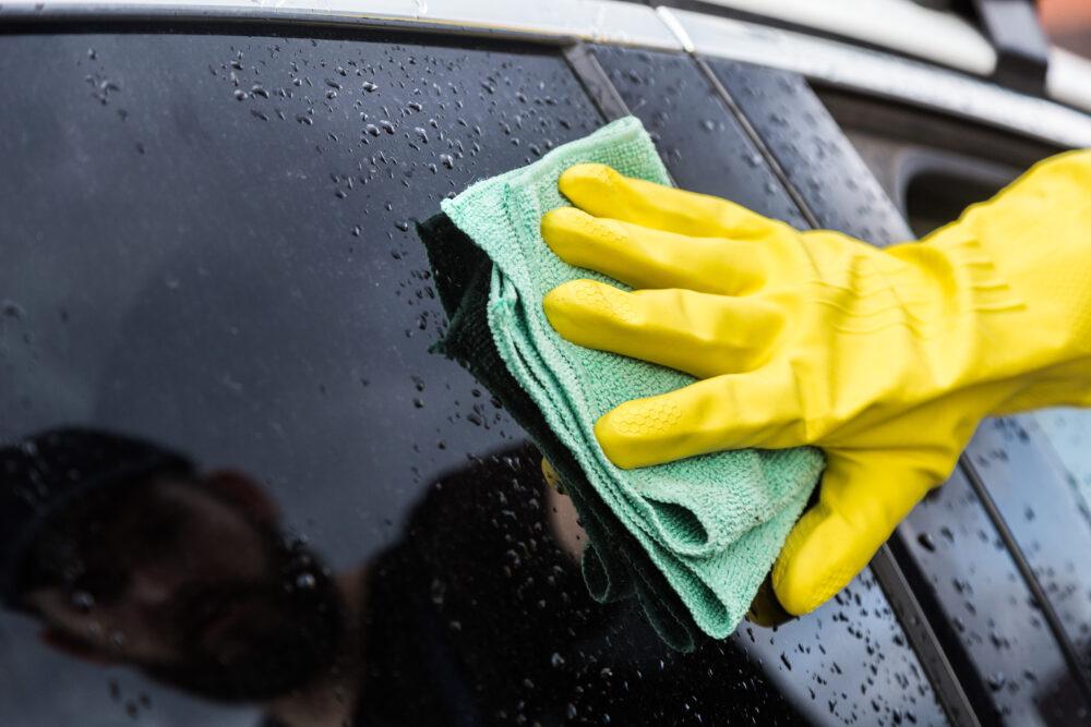 洗車が終わったら拭き上げ
