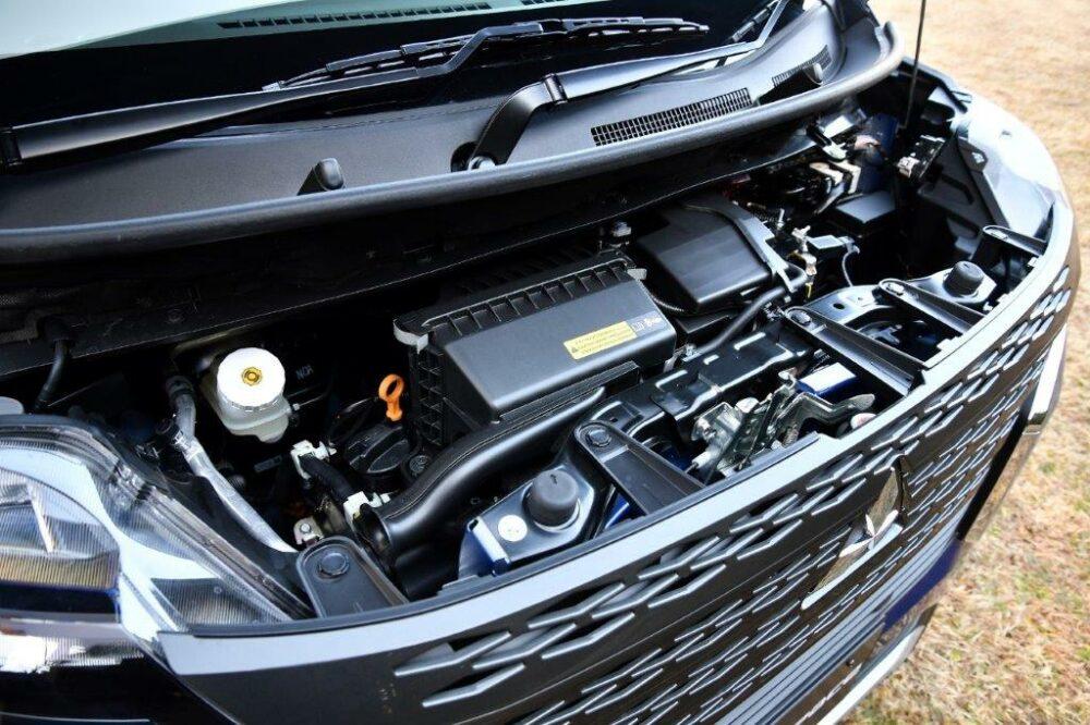 新型三菱eKクロス スペース のエンジン。
