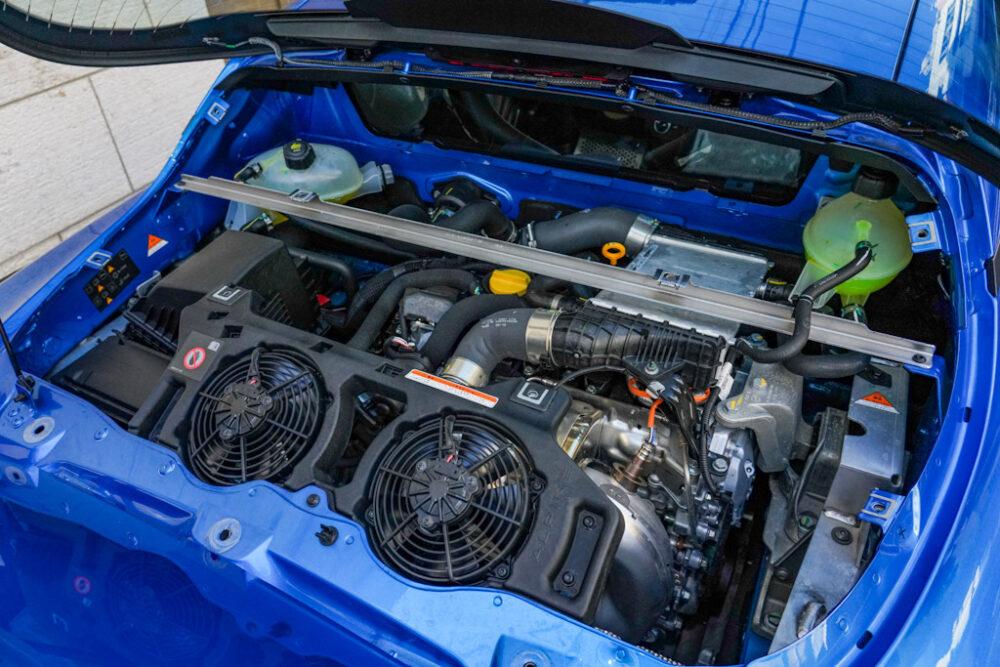 アルピーヌA110のエンジンルーム