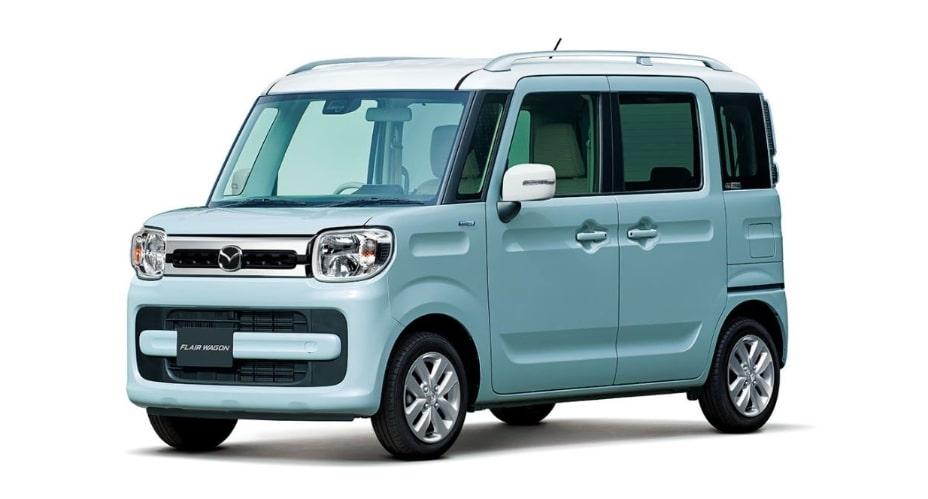 現行モデル発売年月日:2018年2月8日 新車価格:136万~195万円 画像は、HYBRID XS