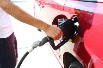 軽自動車に軽油を入れたらどうなる?修理費用はいくらかかる?