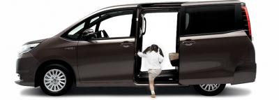 子育てにおすすめな車7選!軽自動車からコンパクトカーや8人乗りミニバンまで