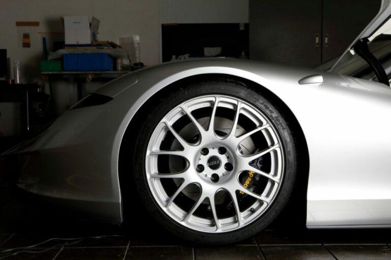 タイヤとホイールのインチアップとは|計算方法からメリットやデメリットも解説