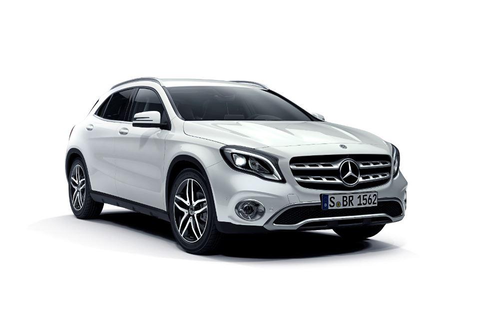 現行モデル発売年月日:2014年5月29日 新車価格:422万~476万円 画像は、180
