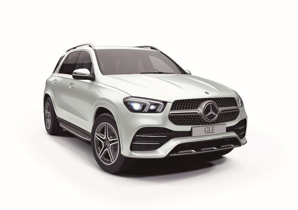 現行モデル発売年月日:2019年6月19日 新車価格:940万~1,153万円 画像は、300 d 4MATIC
