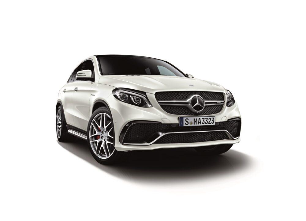 現行モデル発売年月日:2015年10月28日 新車価格:1,870万円 画像は、標準仕様