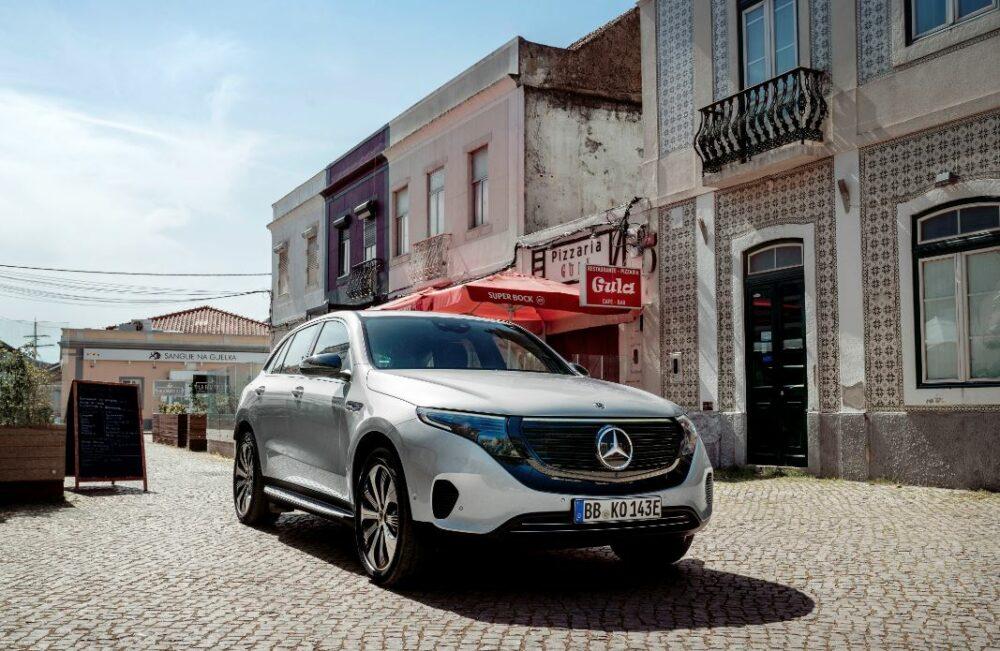現行モデル発売年月日:2019年7月18日 新車価格:1,080万円 画像は、GLA 250 4MATIC