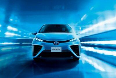 トヨタ MIRAI(ミライ)|燃料電池自動車(FCV)のスペックや航続距離と価格は