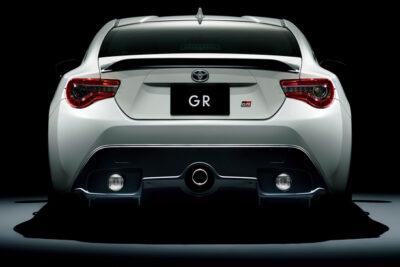トヨタ新型86GR最新情報!価格や性能・スペック・デザインの違いは?