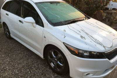 【注意喚起】謎の液体を愛車にかけられ塗装が剥がれタイヤが溶ける事件が発生!