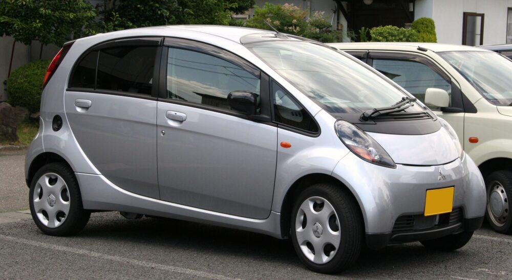 三菱・i HA1W型