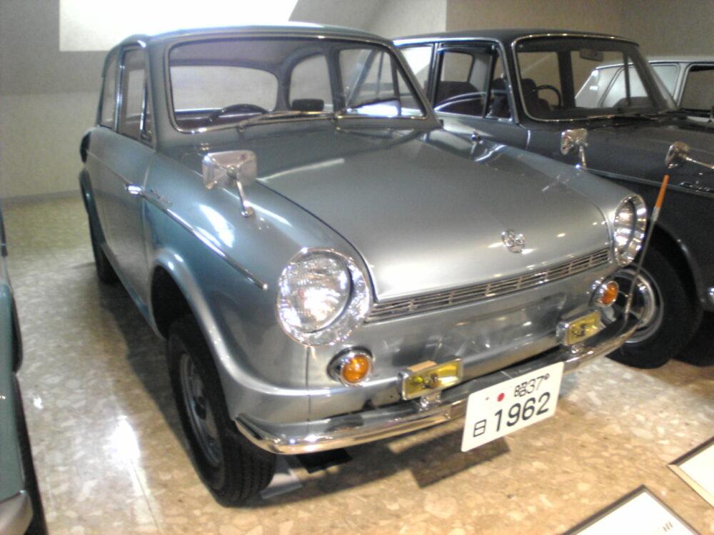 三菱コルト600