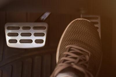自動ブレーキ義務化!既存車、中古車はどうなる?