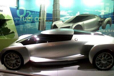 【未来の車】想像の斜め上を行く進化したクルマ12選