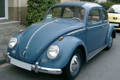VW空冷ビートルってどんな車?|気になる中古車価格やカスタムパーツもチェック!