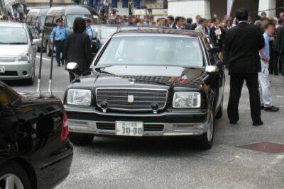 公用車とは?センチュリーやテスラなど、都知事や首相、全国47都道府県の車種を徹底調査!