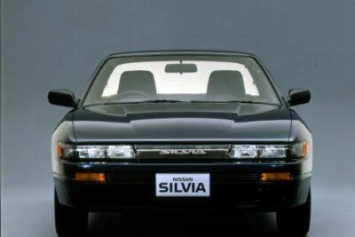【日産シルビアS13】馬力や内装とカスタムから中古車価格など総まとめ!