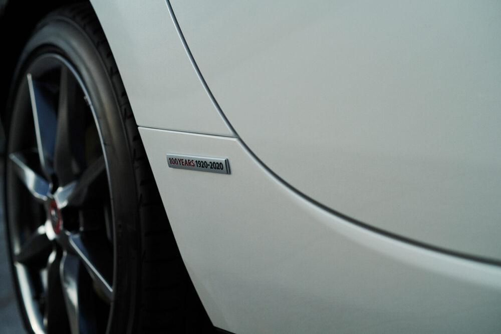 マツダ MX-5 100周年特別記念車 フェンダー