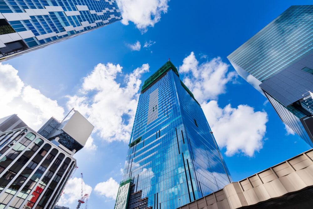 渋谷駅前の高層ビルディング