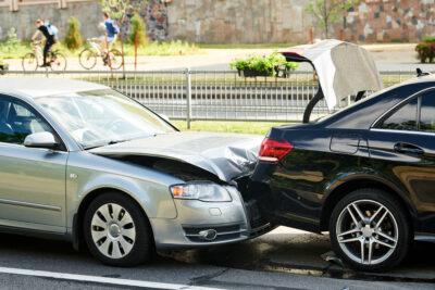 自動ブレーキは誤作動しないの?誤作動の割合と事故率まとめ