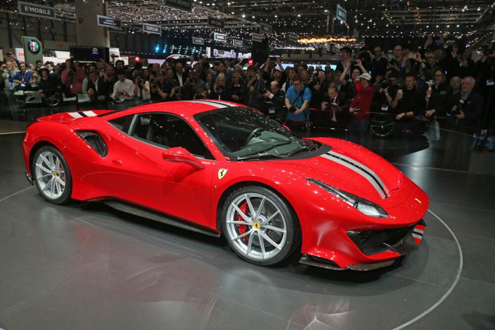 フェラーリ 488 ピスタ