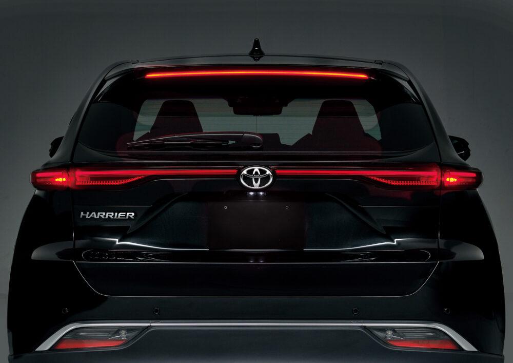 トヨタ新型ハリアー・プロトタイプ リア