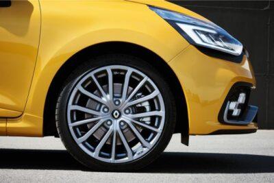 【ルノー ルーテシアRS 総合情報】試乗評価や中古車選びの注意点