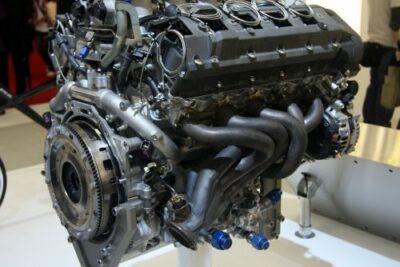 レクサスLFAのエンジンはLSからどう変わった?エンジン音やヤマハとの開発経緯も