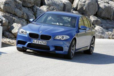 BMW M5(F10)スペックと価格や評価など徹底解説
