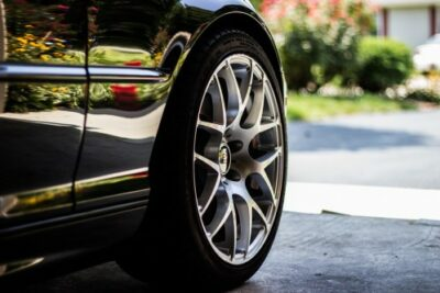 軽量ホイールのメリット&デメリットとは?燃費と乗り心地が全く違う?