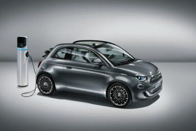 フィアット500新型フルモデルチェンジはピュアEV・オープンモデルのみの衝撃の設定