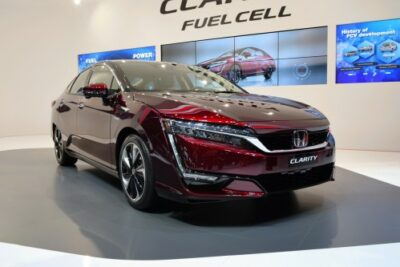 【FCV(燃料電池車)徹底比較】トヨタMIRAI対ホンダクラリティ FUEL CELL!ライバル車対決