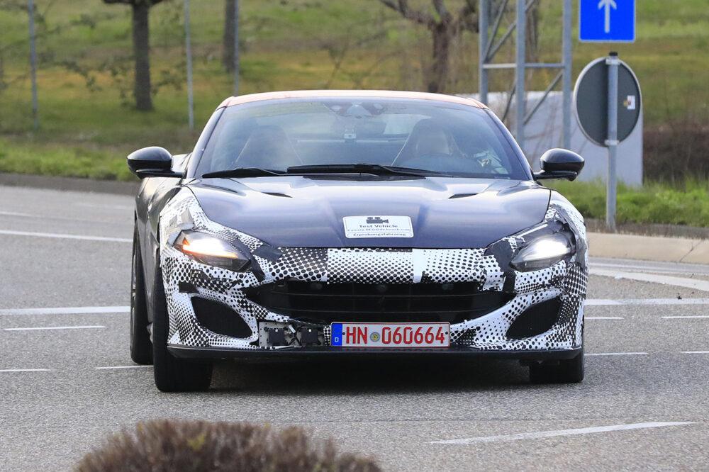 改良新型フェラーリ・ポルトフィーノ テスト車両 フロント